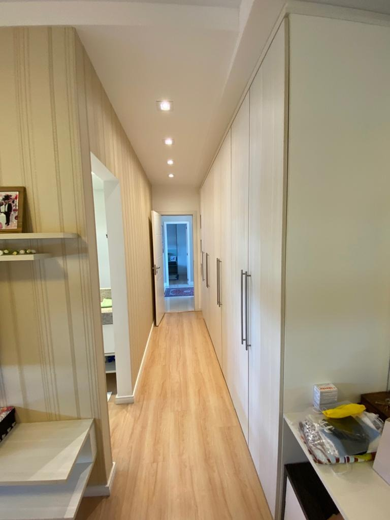 Apartamento no Edifício Celebrity Tower em Balneario Camboriu - SC