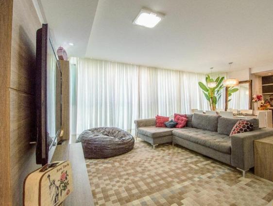 Apartamento diferenciado no Edifício Palm Beach em Balneário Camboriú