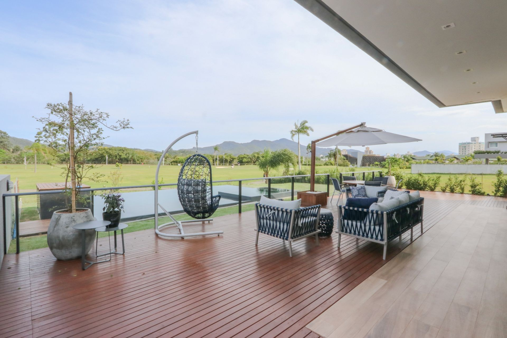 Casa no Condomínio Reserva Camboriú Golf e Yacht em Camboriú- SC