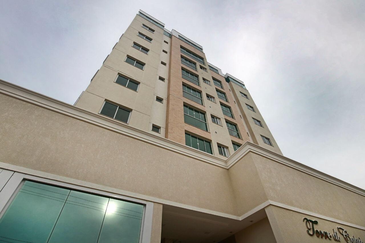 Apartamento no Edifício Torre Di Capri em Camboriú - SC