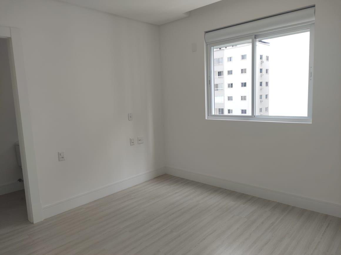 Apartamento no Edifício San Carlo em Balneário Camboriú