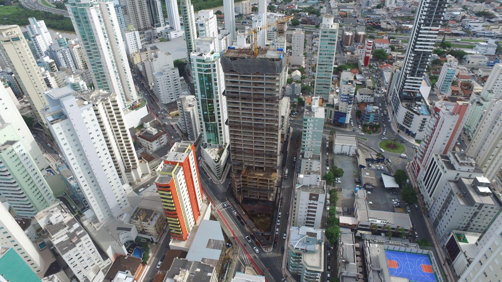 Apartamento no Edifício Vitra em Balneário Camboriú-SC