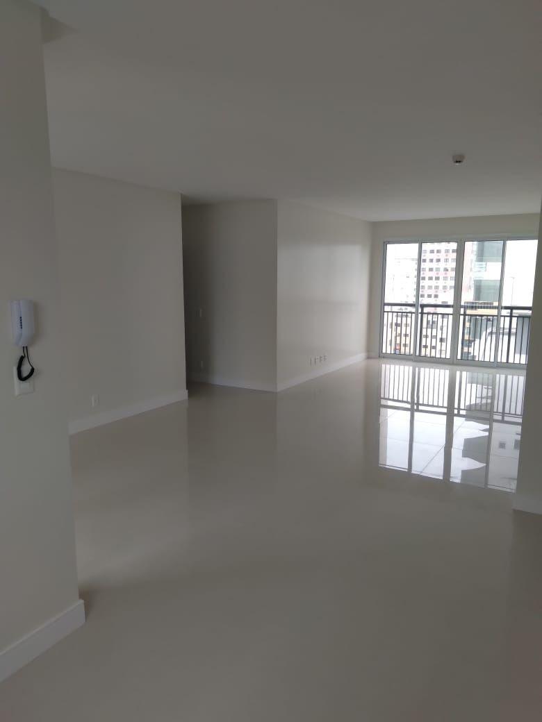 Apartamento no Edifício Windsor Village em Balneário Camboriú