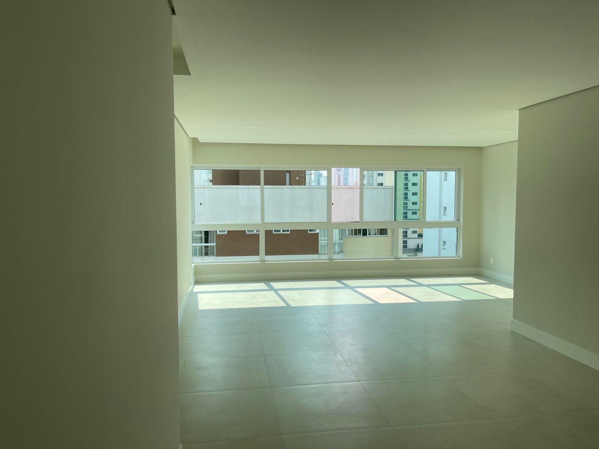 Apartamento no Edfício Scariot em Balneário Camboriú